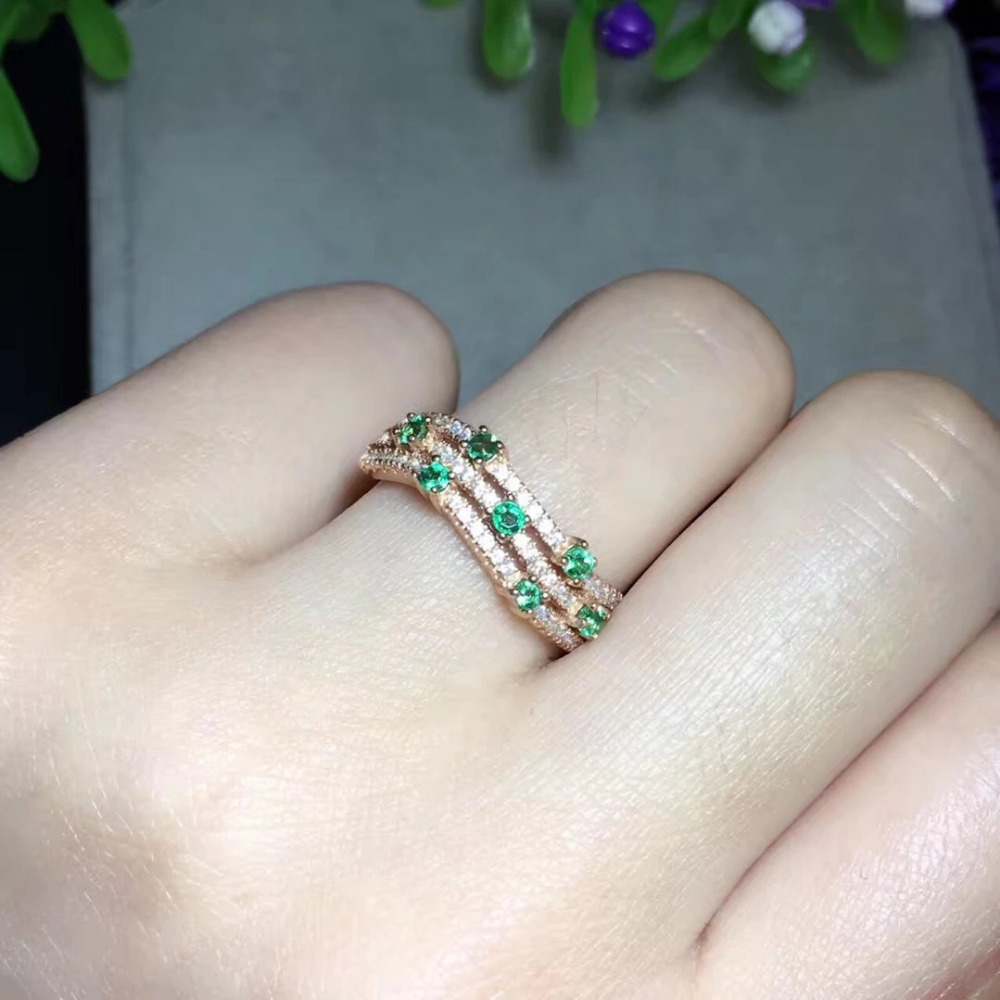 купить Hot Sale Anillos Qi Xuan_Trendy Jewelry_Colombia Green Stones Fashion Rings_Rose Gold Color Woman Rings_Factory Directly Sales онлайн