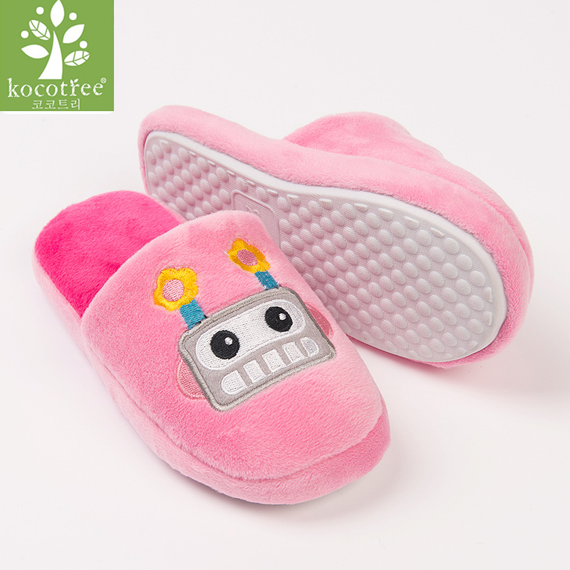 d51be54301f Winter kids slippers boys girls slippers children warm soft sole boys girls  shoes kid cute cartoon cotton slippers high quality-in Slippers from Mother  ...