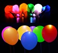 10 unids 12 pulgadas RGB/Blanco LED Helio O Aire Gonflable Colores Light Up Decoración Del Partido Globos de Boda Mariage Deco de Látex