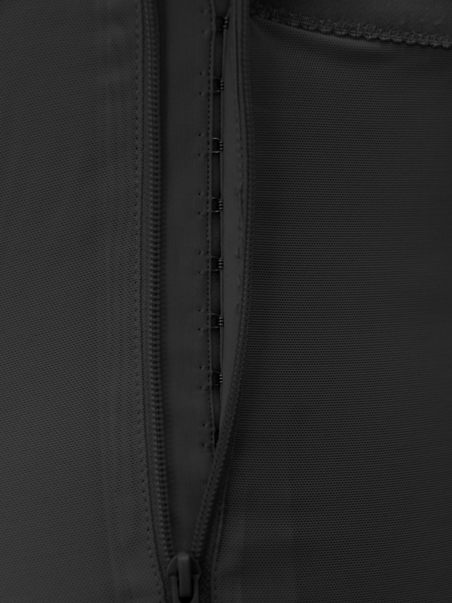 D018  (8)