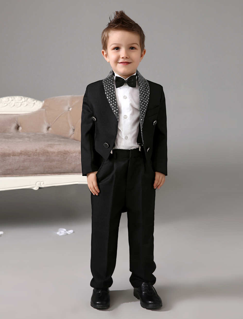 Four Pieces Luxurious formal Black boys suits kids Tuxedo With Black Bow Tie boys outfit wedding