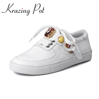 2017 New Fashion Spring Big Size Brand Shoes Flat With Pearl Loafers Elegant Sneaker Increasing Platform