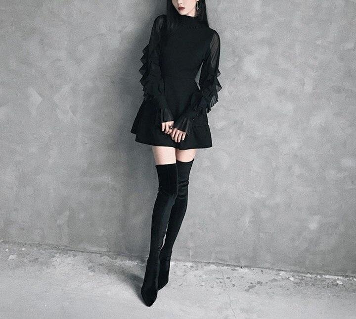 2019 été femmes papillon manches Mini robe gothique Punk volants cou une ligne robe automne Sexy taille haute solide robe noire