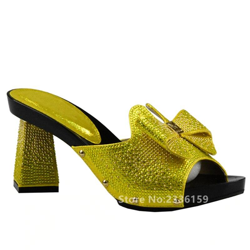 Chaussures Vertes Pour L'été En Taille 37 Avec Des Femmes Peep-toe De 3JbzY