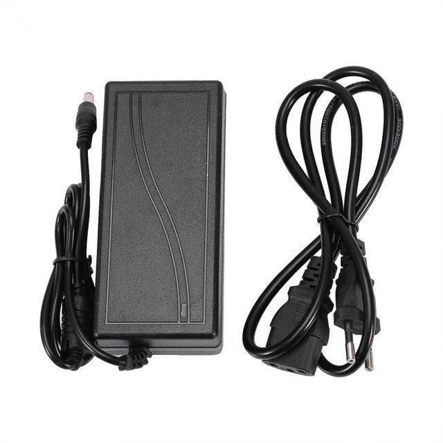 12 V 5A 60 W Güç Kaynağı Adaptörü Için 5050/5630/5730/3528 Arayüzü Boyutu 5.5 x 2.5mm