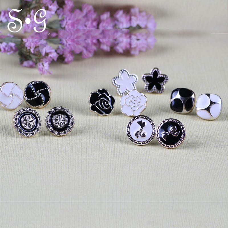 white and black 2pcs/set series magnet brooches  broches Elegant brooches for women hijab accessories vintage fix pin