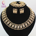 Fashion Jewelry Sets For Women Earrings Necklace Bracelet Gold Plated Crystal Classic Pendant Wedding Dress Accessories