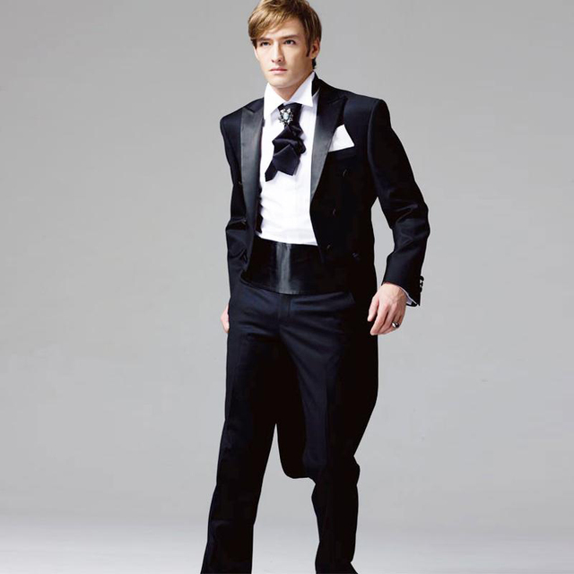 2019 New Customized Smoking Casamento Costume Homme Tuxedos Double Breasted  2 Pcs Male Suits 19d019c1e0d