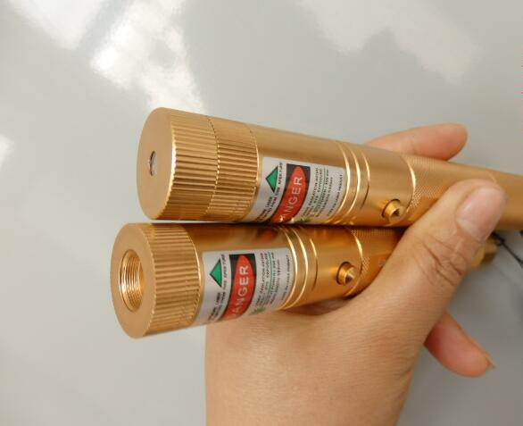 ¡Caliente! Punteros láser verde 100000 M 532nm alta potencia láser SD 303 presentador Burning Matches & Light Burn Cigarettes