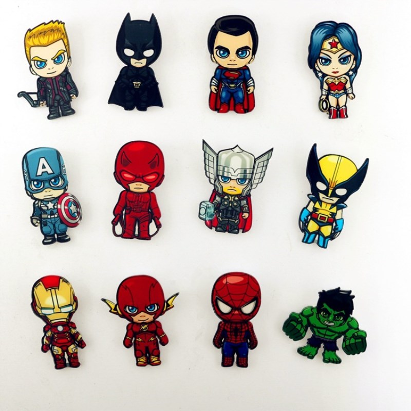 1pcs Superhero Badges Deadpool Spiderman Wonder Woman Superman Batman Acrylic Brooches With Pin Harley Quinn Badge Brooches