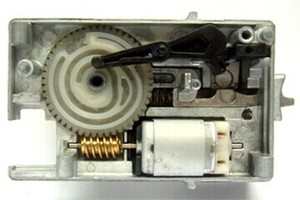 Image 5 - High Quality ESL/ELV Motor Steering Lock Wheel Motor for Mercedes W204 W207 W212 C180 C200 E200 E260 E300 E350 GLK300 GLK350