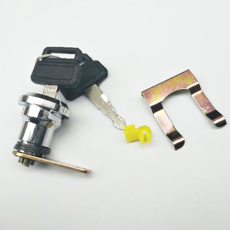 Excavator accessories DooSan Daewoo DH150 215 220 225 300-7 excavator cab door lock core
