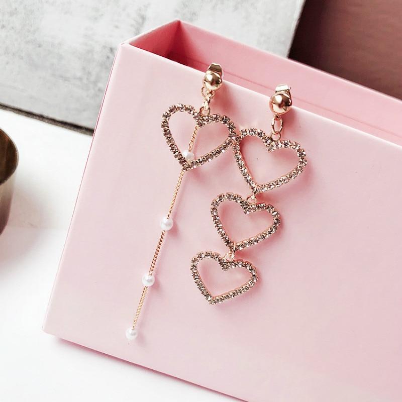 2019 New Arrival  Zinc Alloy Trendy Heart Women Dangle Earrings Korean Women Fashion Jewelry Asymmetric Love Eardrop Long Style
