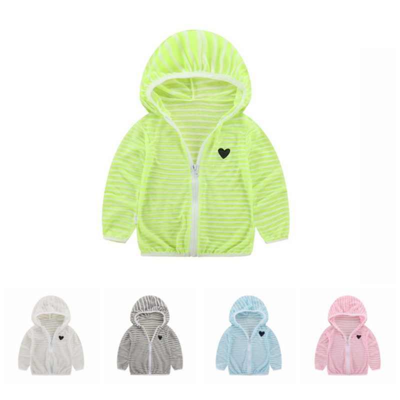 Лето-осень с капюшоном Детская куртка в полоску пляжные открытые Солнцезащитная куртка для Одежда для мальчиков и девочек Пальто для девочек