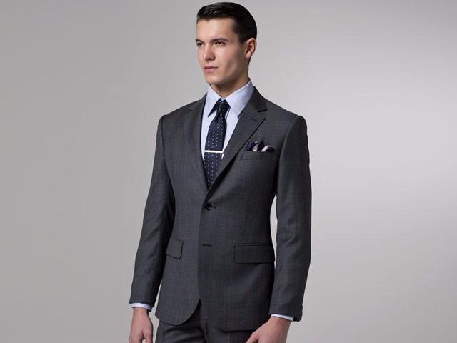 b6701b467ff4 Custom Made Slim Fit Groom Tuxedos Notch Lapel Men s Suit Dark Gray  Groomsman Best Man Dinner Suits (Jacket+Pants)-in Suits from Weddings    Events