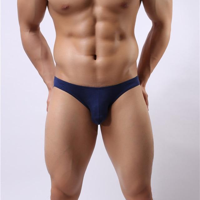 fde81b2854f2 Sexy Roupa Interior dos homens Modal Sungas Shorts Cuecas Sexy Cintura Baixa  Bulge bolsa Macia Deslizamento