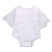 Милый белый кружевной комбинезон с оборками на рукавах для маленьких девочек; кружевной комбинезон для малышей; пляжный костюм