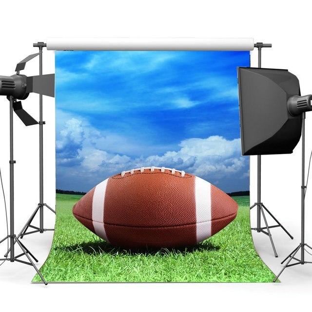 Американский футбол фон футбольное поле фоны голубое небо белое облако зеленая трава Луг спортивный фон