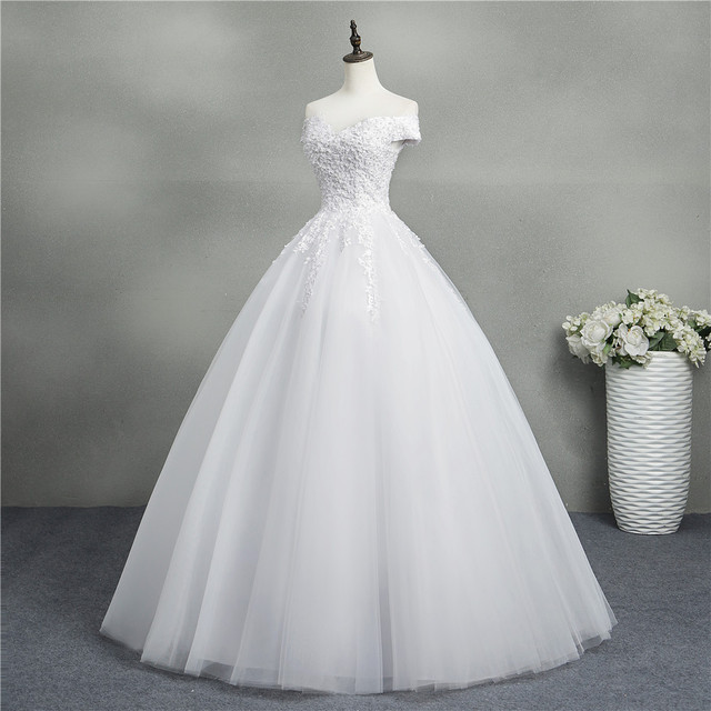 ZJ9145 2020 new White Ivory Elegant Ball Gown Off Shoulder Wedding Dresses for brides Lace sweetheart with lace edge Plus Size 3