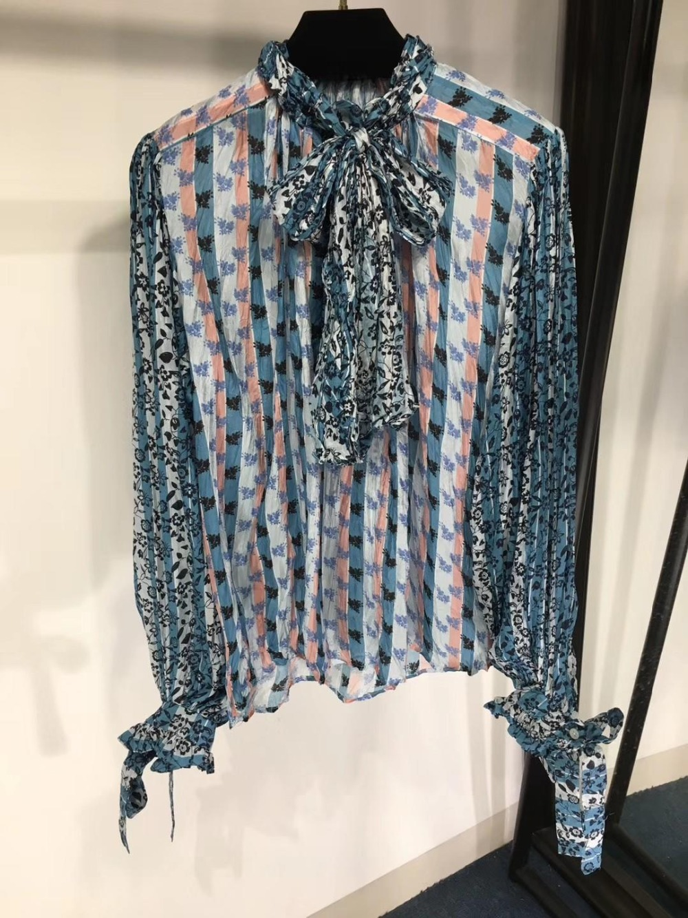 2019 new ladies fashion striped stitching one shoulder blouse 0326