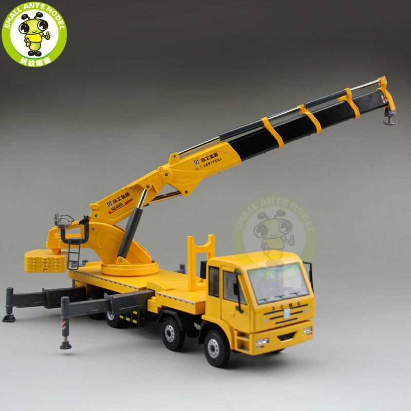 1/35 XCMG Articulated Truck Crane Construction Machinery Diecast Model Car Truck