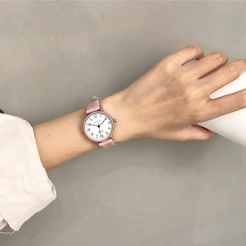 Для женщин часы модный бренд кожа кварцевые часы Простой дамские часы повседневное наручные Баян коль Saati Montre Feminino купить на AliExpress