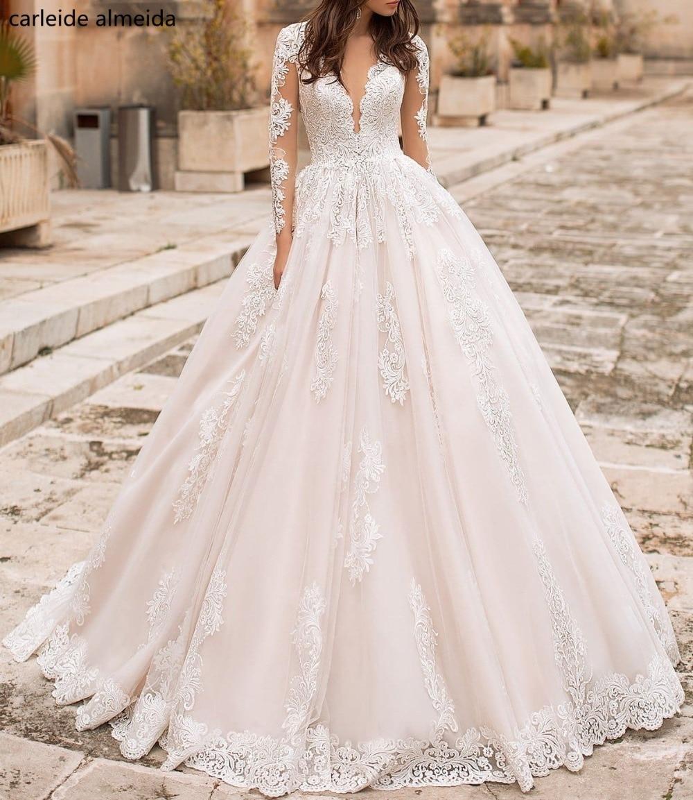 080d3694e Vestido de noiva V-Neck Long Sleeves Vintage Wedding Dress with Unique Lace  Appliques Suknia