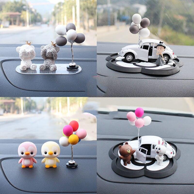 Globos coloridos encantadora mini coche decoración interior limpieza salpicadero del vehículo ornamento muñeca femenina smart fortwo forfour