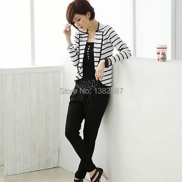 Woman Chic Buttons Decor One Hook Eye Closure Design Casual Blazer XS S M L XL Women white Discount 50