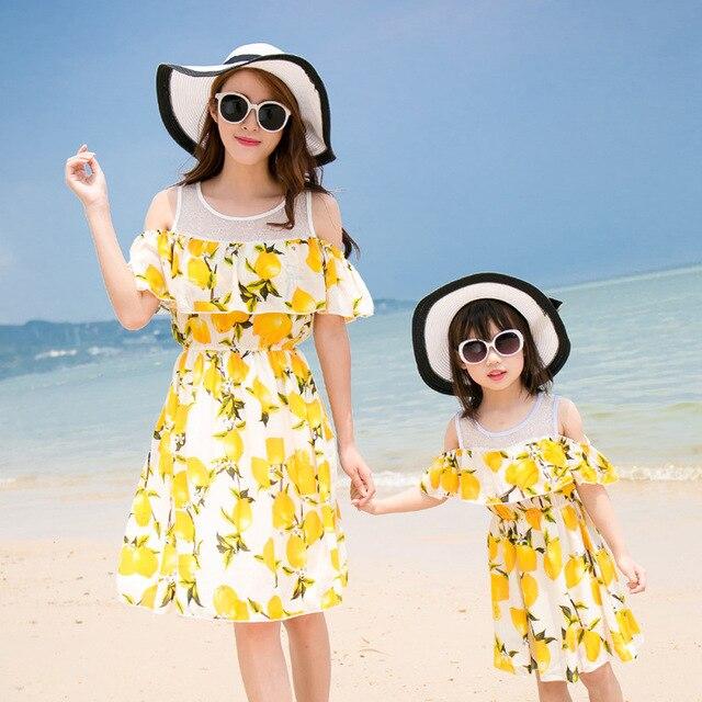Новое семейство Смотреть Осень соответствия летом девушка моды звезды с лимоном мама matching одежда мать дочь платья