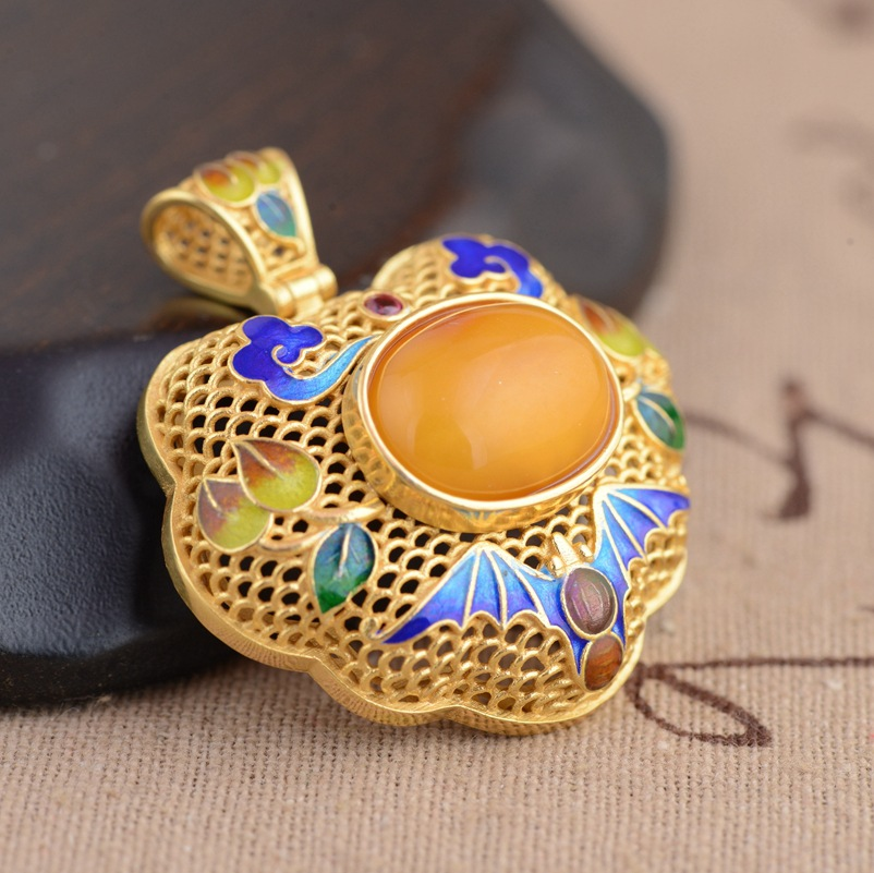S925 Sterling Silver Pendant Jewelry beeswax blessing in front of the pendant antique Shaolan process female models s925 pure silver personality female models new beeswax