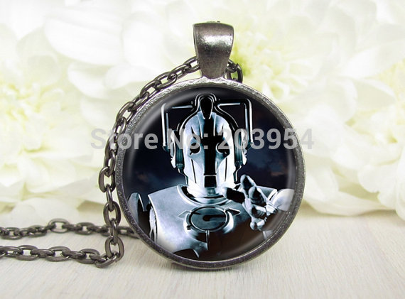 Steampunk movie doctor dr who robot words bad wolf Necklace 1pcs/lot bronze / silver Glass Pendant jewelry dw future power tadis image