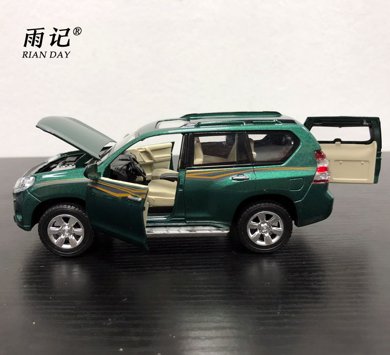RIAN DAY 1/32 Scale Car Model Toys JAPAN 2016 Toyota Prado SUV Diecast Metal Sound&Light Car Model Toy For Gift/Kids