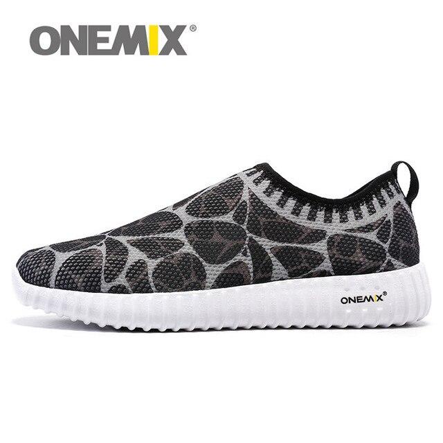 Onemix leggero slip on scarpe da corsa per uomo donna walking track shoes  traspirante air mesh b2ca12779e3