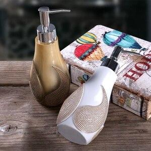 Image 3 - 1 шт. креативная полимерная бутылка для мыла, диспенсер для шампуня для отеля и дома, пресс для дезинфекции рук, набор диспенсеров для мыла