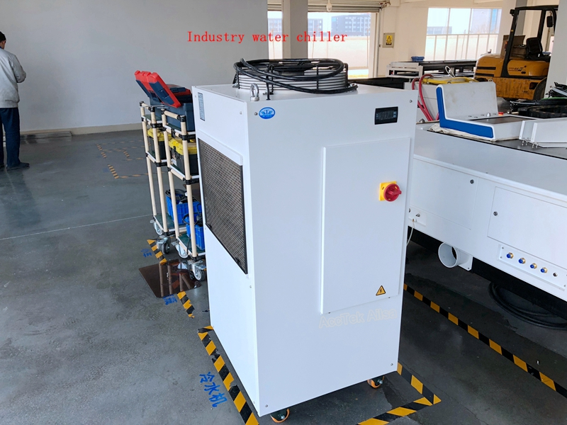 fiber laser cutting machine (22)