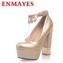 ENMAYES 4สีโรงงานขายเซ็กซี่รองเท้าส้นสูงเป็นพิเศษ13เซนติเมตรแพลตฟอร์มRhinestoneสีแดงสีดำพรรครองเท้าแต่งงานของผู้หญิงปั๊ม