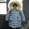 Новый длинными марка дети пальто девушки зимой теплее толщина куртка девушки ребенок с капюшоном девушки зимнее пальто B513