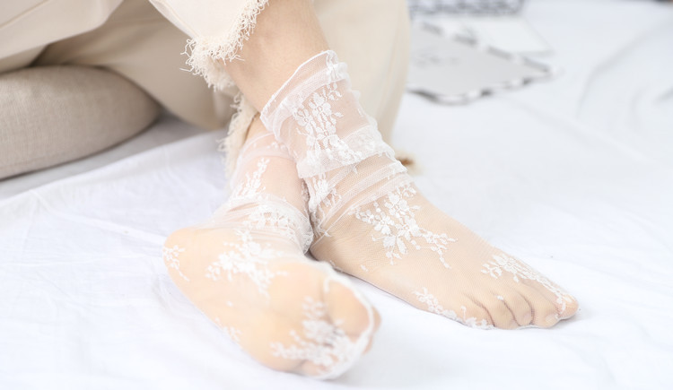 HTB1.wm.TXzqK1RjSZFCq6zbxVXam - Sexy Tulle Socks Transparent Thin Long Lace Socks For Women Girl Summer Funny Socks Female Dress Hosiery Loose Sock Street