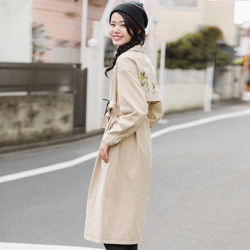 INMAN 2017 women Winter lapel Embroidered trench coat