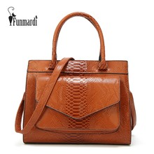 FUNMARDI New Fashion Woman Bag Serpentine Oil Wax Leather Handbag With Pouch Totes Bags Women Shoulder Bag Messenger WLHB1769(China)
