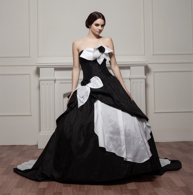 Gothic Wedding Dresses 2016 A Line Strapless Black Taffeta: 2017 Gothic Wedding Dresses Black And White Wedding Gowns
