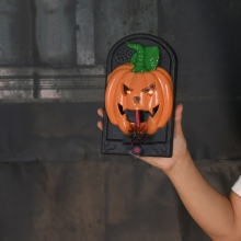 купить Halloween Horror Doorbell Halloween Led Skull Trick Toy Haunted House Props Party Supplies Led Pumpkin Skull Home Decoration дешево
