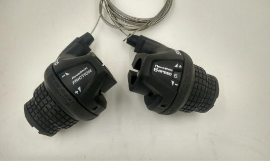 3//6//18 Speed Black US New Shimano RevoShift SL-RS25 Twist Grip Shifter