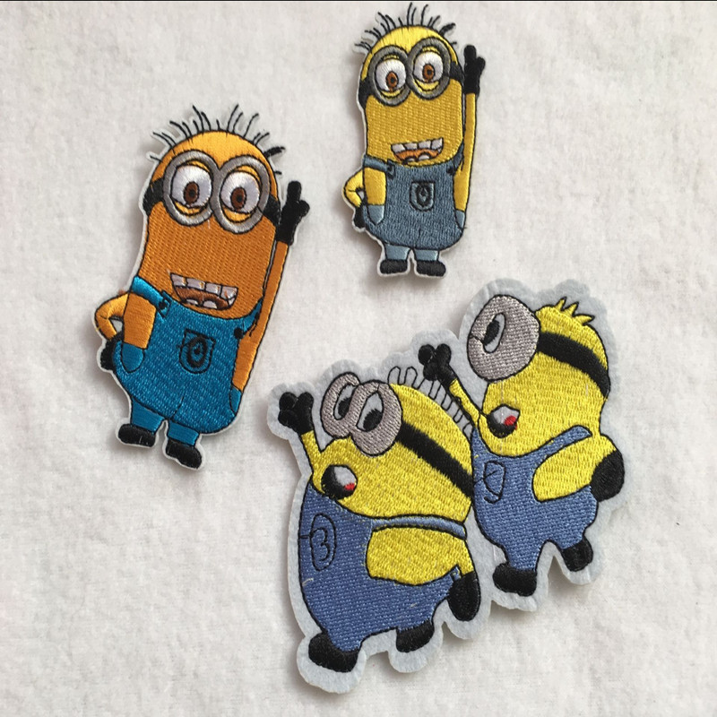 6Pcs/Lot Mix Design Minions Embroidery Patch Applique Iron On Child Sweater Clothes Coat Denim Adhesive Decoration Stickers Diy