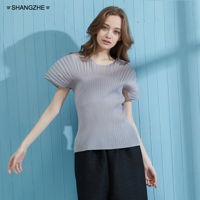 2019 MIYAKE folded women 39 s Tshirt shoulder sleeve elastic T beam thin and large fluffy bottom free shipping in T Shirts from Women 39 s Clothing