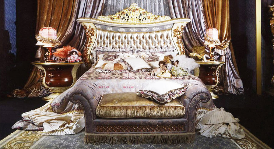 European Style Luxury Royal King Bed With Holstered