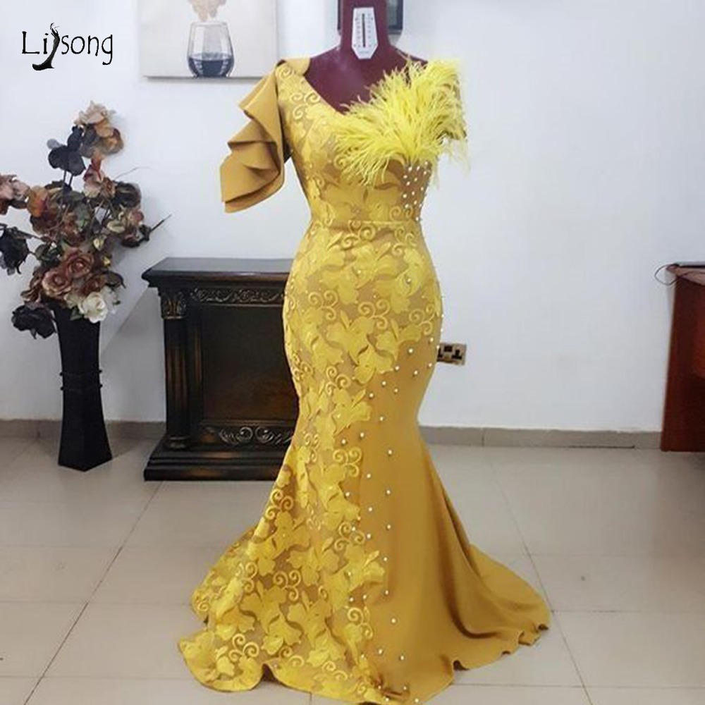 African Mermaid Lace Prom Dresses 2019 Yellow Pearls Long Prom Gowns Fshion Aso Ebi Feather Formal
