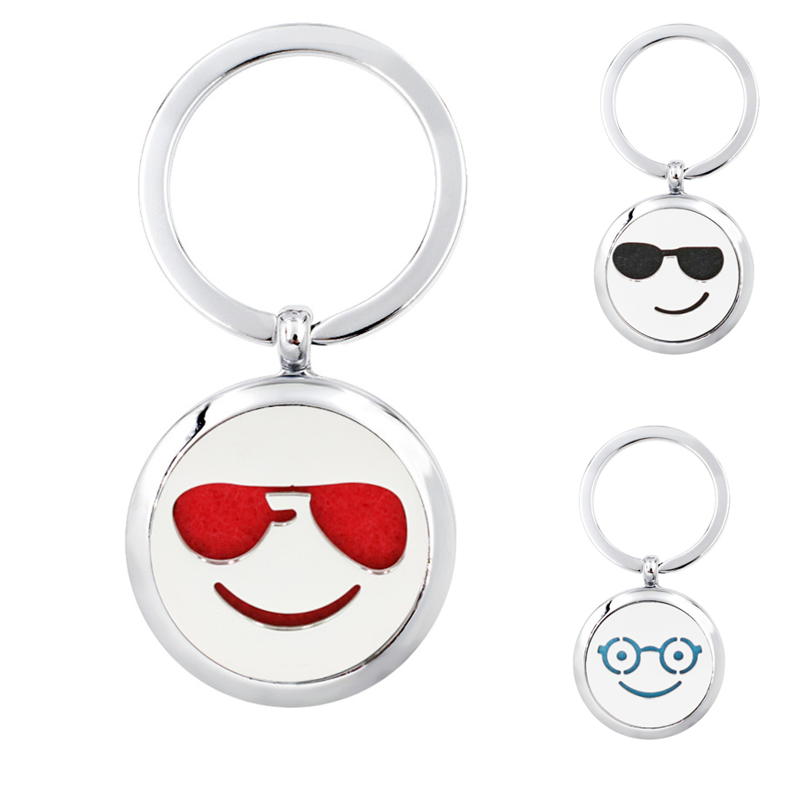 Lovely Face Expression 30mm Key Ring Keychain Essential Oil Diffuser Locket Aroma Perfume Locket Keyrings With 5 Pads