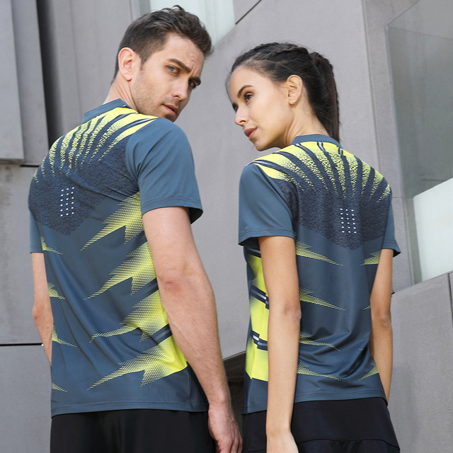 aeea4aa5944c Top Running Sport Summer Outdoor Quick Dry Breathable Badminton Shirt Women  Men Joggers Table Tennis Training